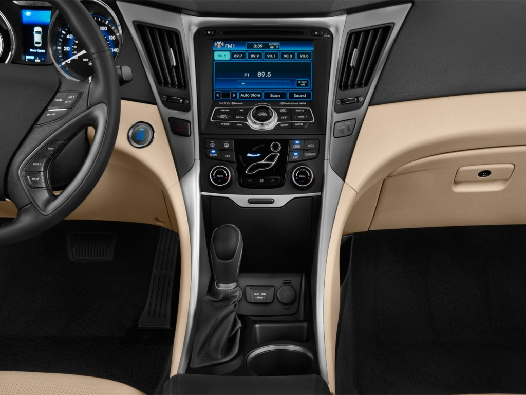 image 2015 hyundai sonata hybrid 4 door sedan limited instrument panel size 1024 x 768 type. Black Bedroom Furniture Sets. Home Design Ideas