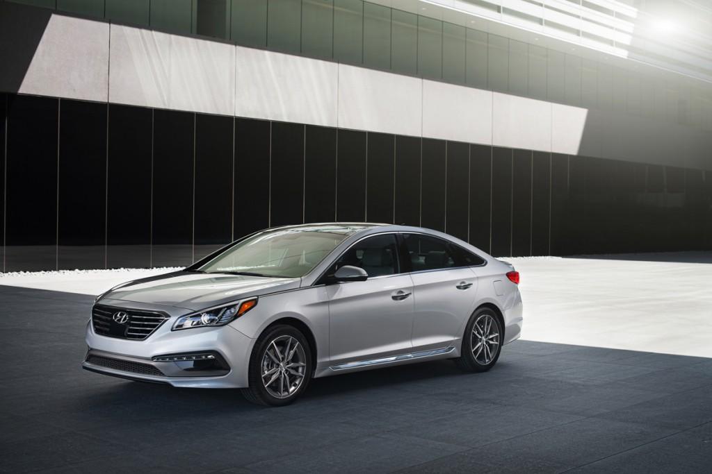 2016 Hyundai Sonata investigated for suddenly locking brakes