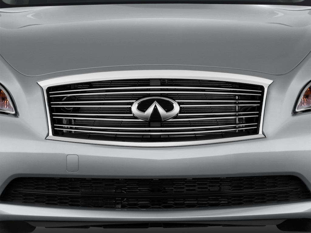 Image: 2015 Infiniti Q70 4-door Sedan V6 RWD Grille, size ...