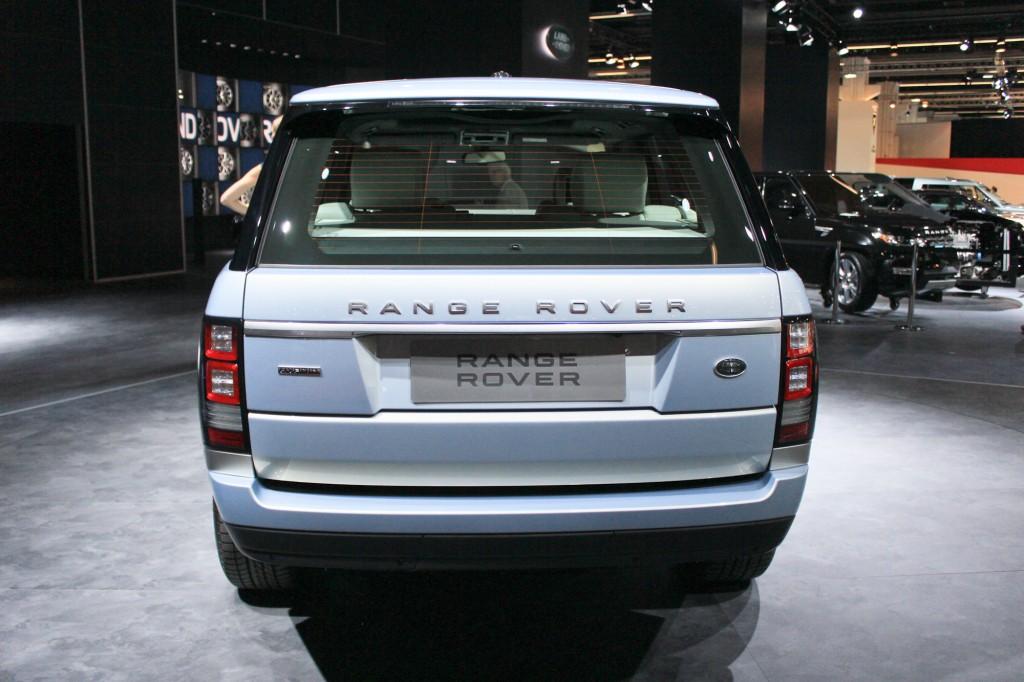 https://images.hgmsites.net/lrg/2015-land-rover-range-rover-hybrid-2013-frankfurt-auto-show_100439730_l.jpg