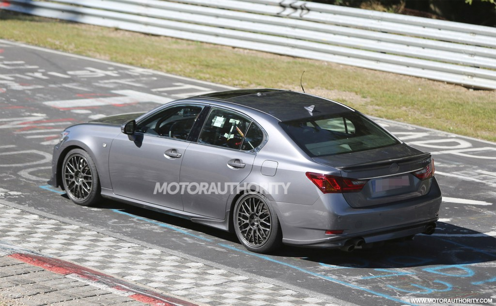 2015 Lexus GS F spy shots