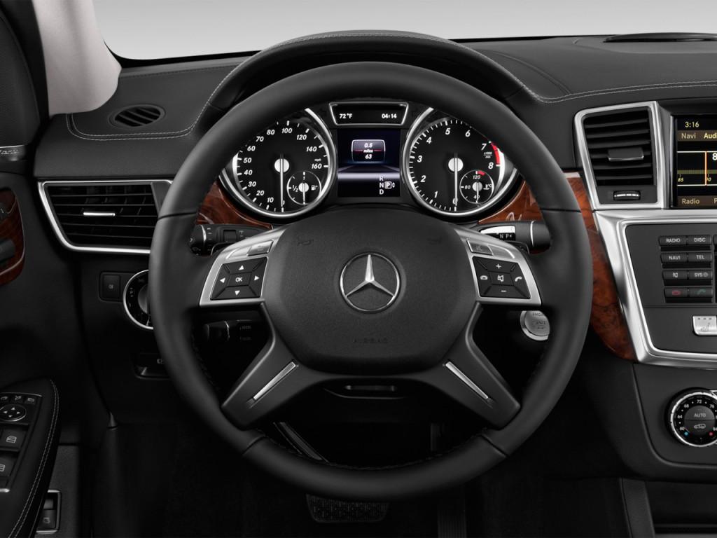image 2015 mercedes benz gl class 4matic 4 door gl450 steering wheel size 1024 x 768 type. Black Bedroom Furniture Sets. Home Design Ideas