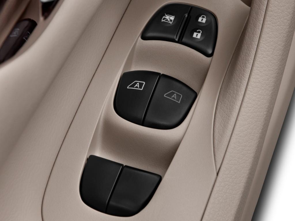 Image 2015 Nissan Altima 4 Door Sedan I4 2 5 Sl Door