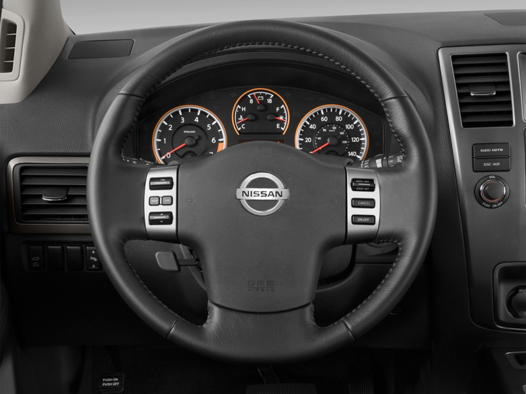 Image: 2015 Nissan Armada 2WD 4-door SV Steering Wheel ...
