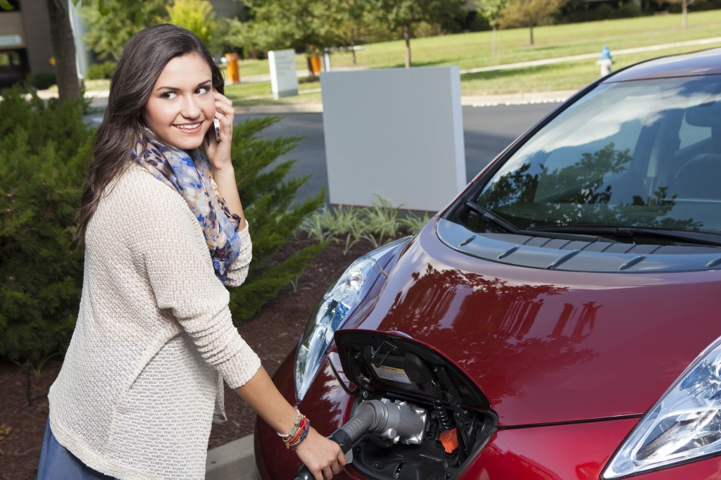 Federal Tax Credits For Plug In Hybrids Electric Cars What You Need To Know 2017 Nissan Leaf