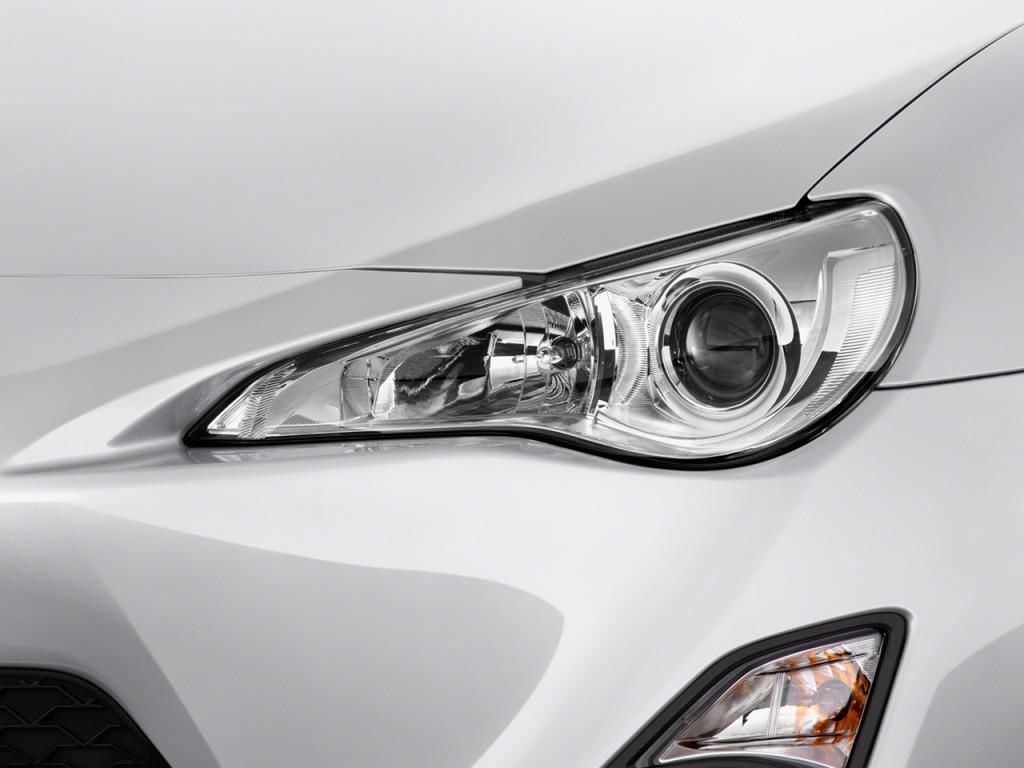 Image 2015 Scion FR S 2 door Coupe Auto Natl Headlight