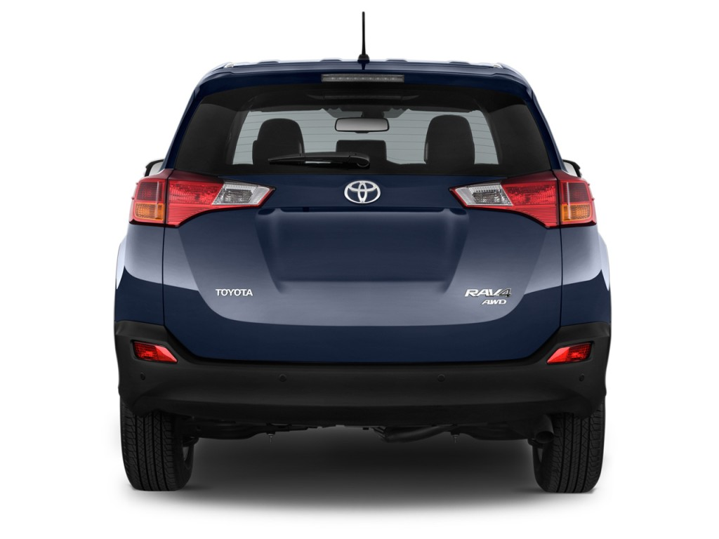 Image 2015 Toyota Rav4 Fwd 4 Door Xle Natl Rear