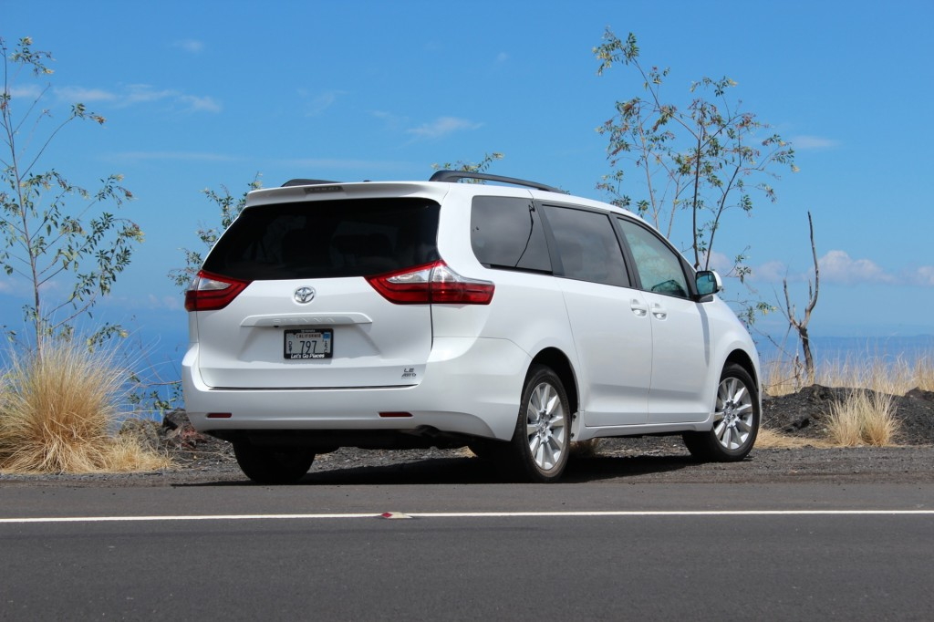 image 2015 toyota sienna first drive september 2014 size 1024 x 682 type gif posted on. Black Bedroom Furniture Sets. Home Design Ideas