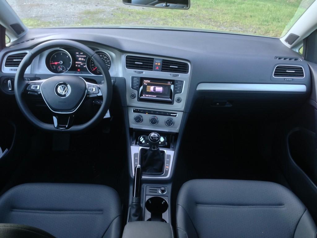 2017 Volkswagen Beetle Hatchback >> Image: 2015 Volkswagen Golf TDI SE, size: 1024 x 768, type ...