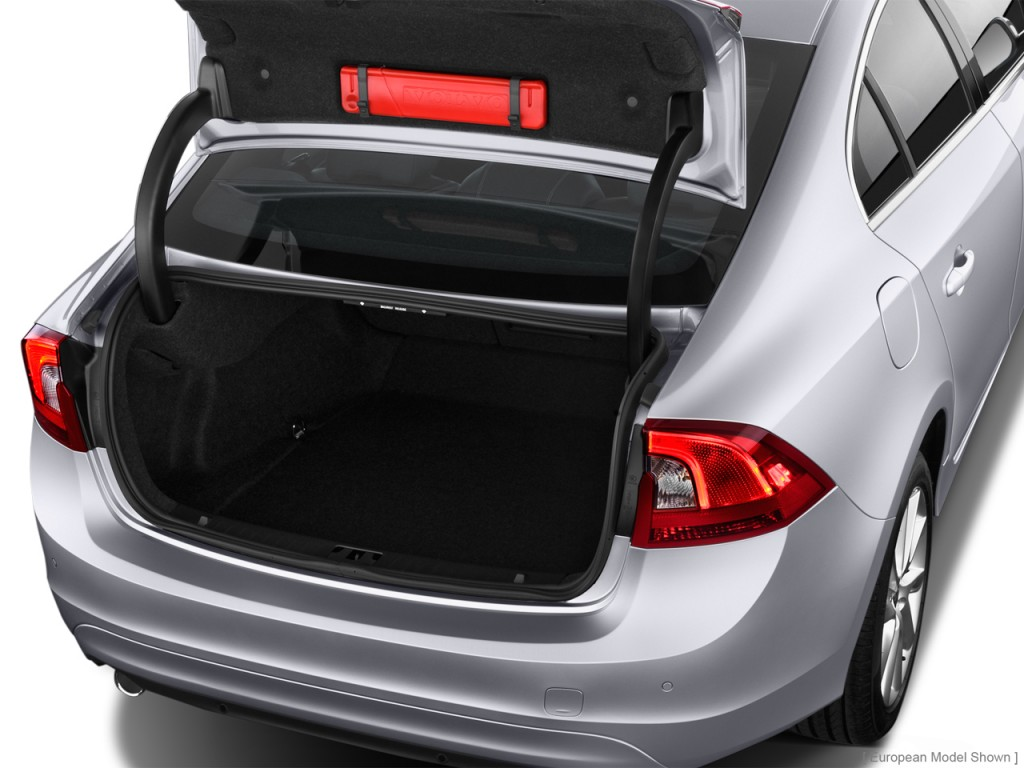 Image: 2015 Volvo S60 4-door Sedan T5 AWD Trunk, size ...
