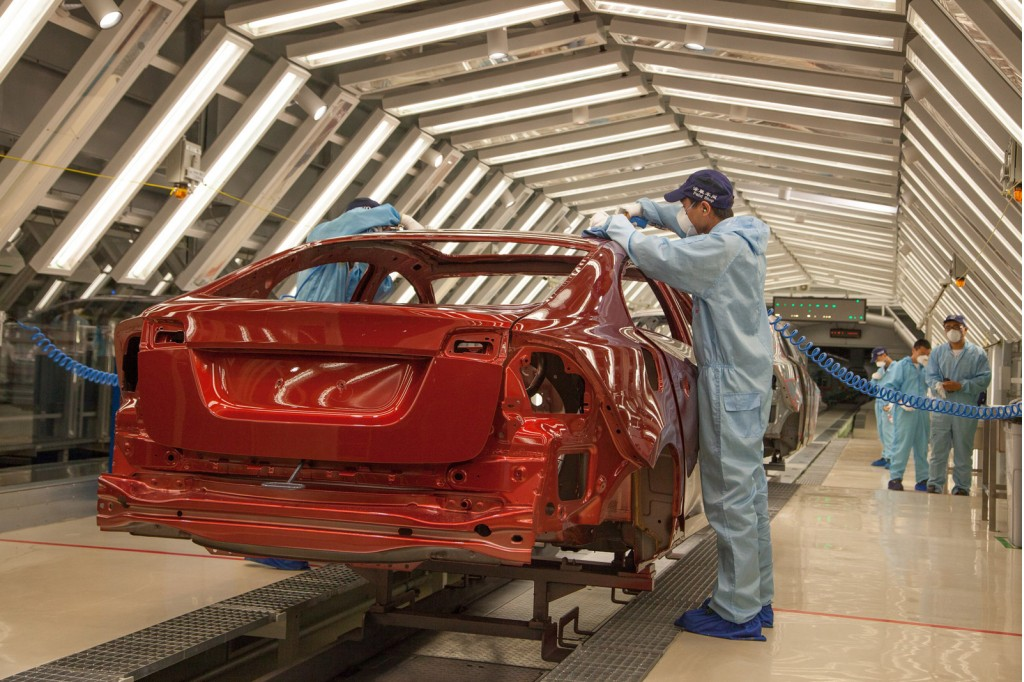 2014 Volvo S60L production in China