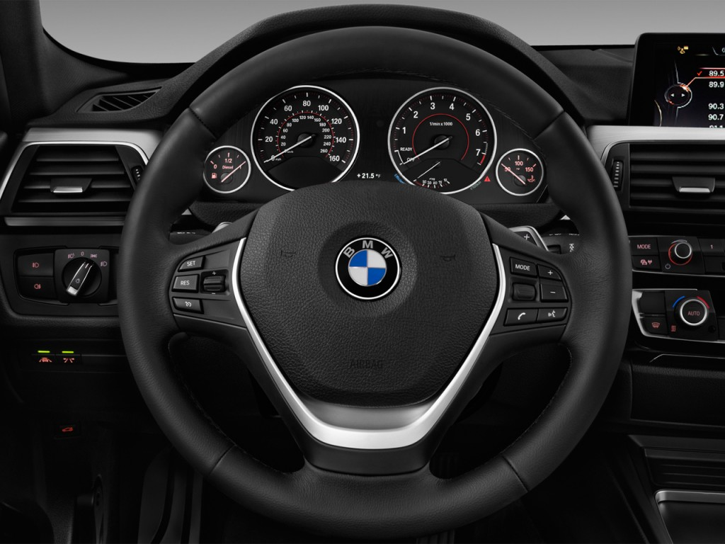 Image 2016 Bmw 3 Series 4 Door Sports Wagon 328i Xdrive Awd Steering Wheel Size 1024 X 768