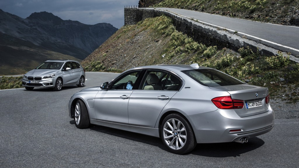 Bmws Next Two Plug In Hybrids Officially Revealed Only One For Us