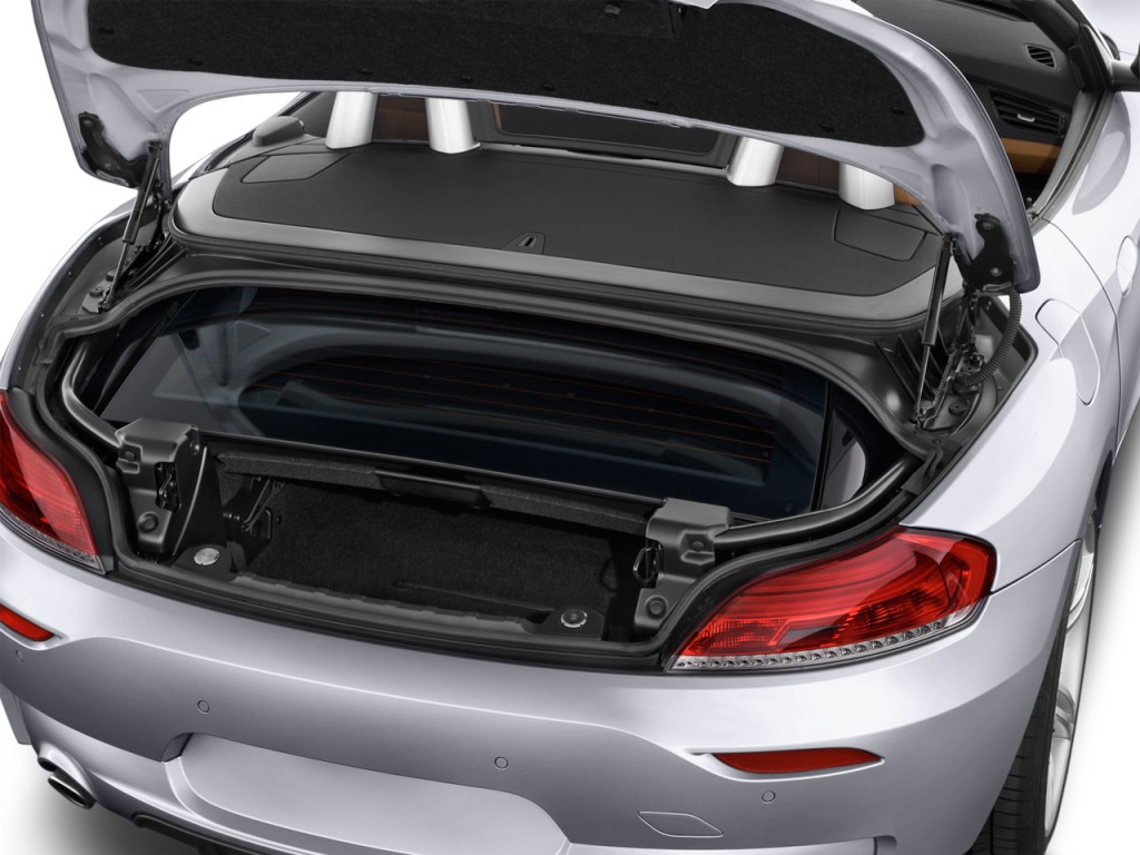 Image 2016 Bmw Z4 2 Door Roadster Sdrive35is Trunk Size