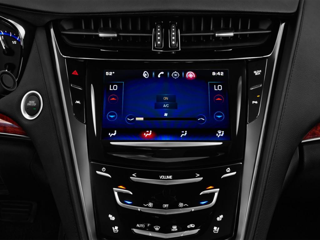 image 2016 cadillac cts 4 door sedan 3 6l luxury collection rwd temperature controls size. Black Bedroom Furniture Sets. Home Design Ideas