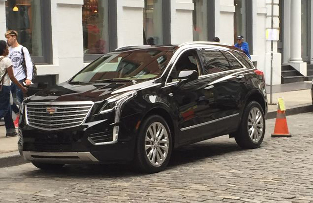 2016 Cadillac Crossover >> 2017 Cadillac Xt5 The Srx Successor Spotted On The Streets