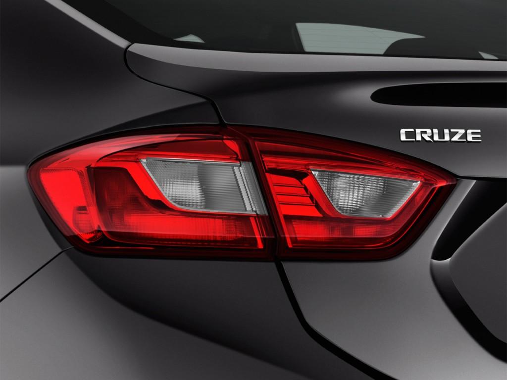Image 2016 Chevrolet Cruze 4 Door Sedan Auto Lt Tail