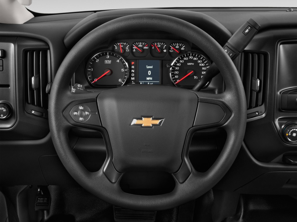 image 2016 chevrolet silverado 2500hd 2wd reg cab 133 6 work truck steering wheel size 1024. Black Bedroom Furniture Sets. Home Design Ideas
