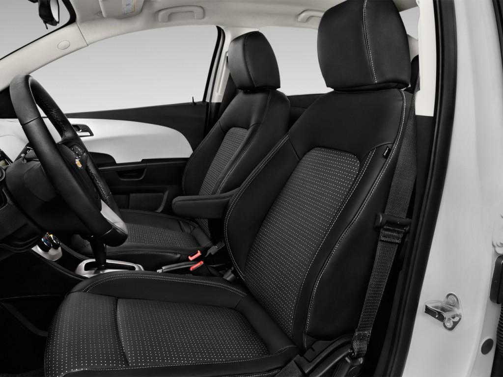 Image: 2016 Chevrolet Sonic 4-door Sedan Auto LTZ Front ...