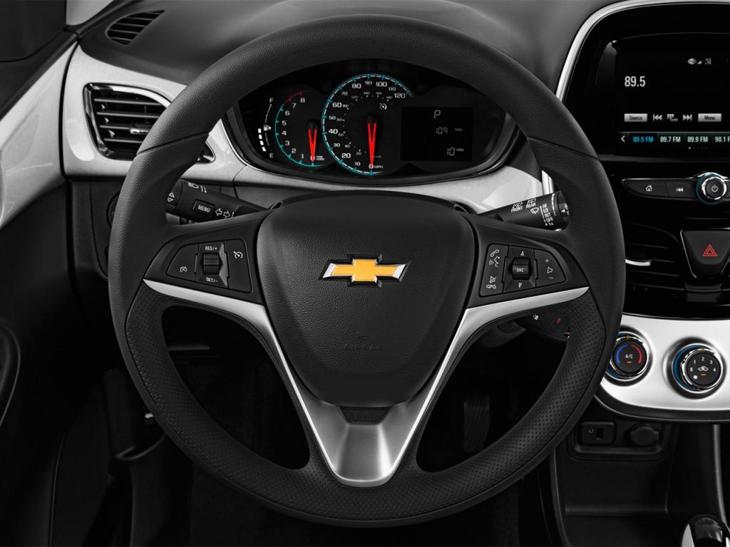 image 2016 chevrolet spark 5dr hb cvt lt w 1lt steering wheel size 1024 x 768 type gif. Black Bedroom Furniture Sets. Home Design Ideas