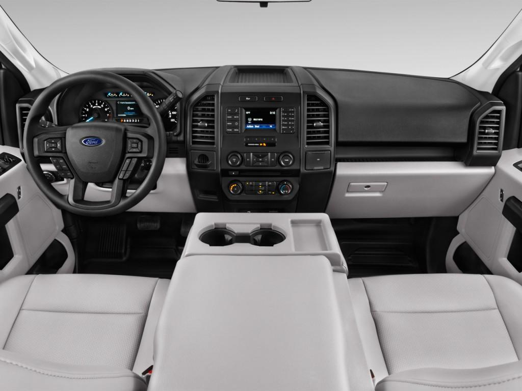 """Image: 2016 Ford F-150 2WD Reg Cab 122.5"""" XL Dashboard ..."""
