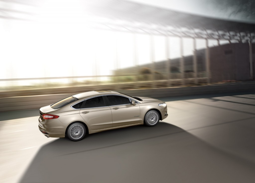 2017 Ford Fusion Hybrid Review Ratings Specs Prices And Photos The Car Connection