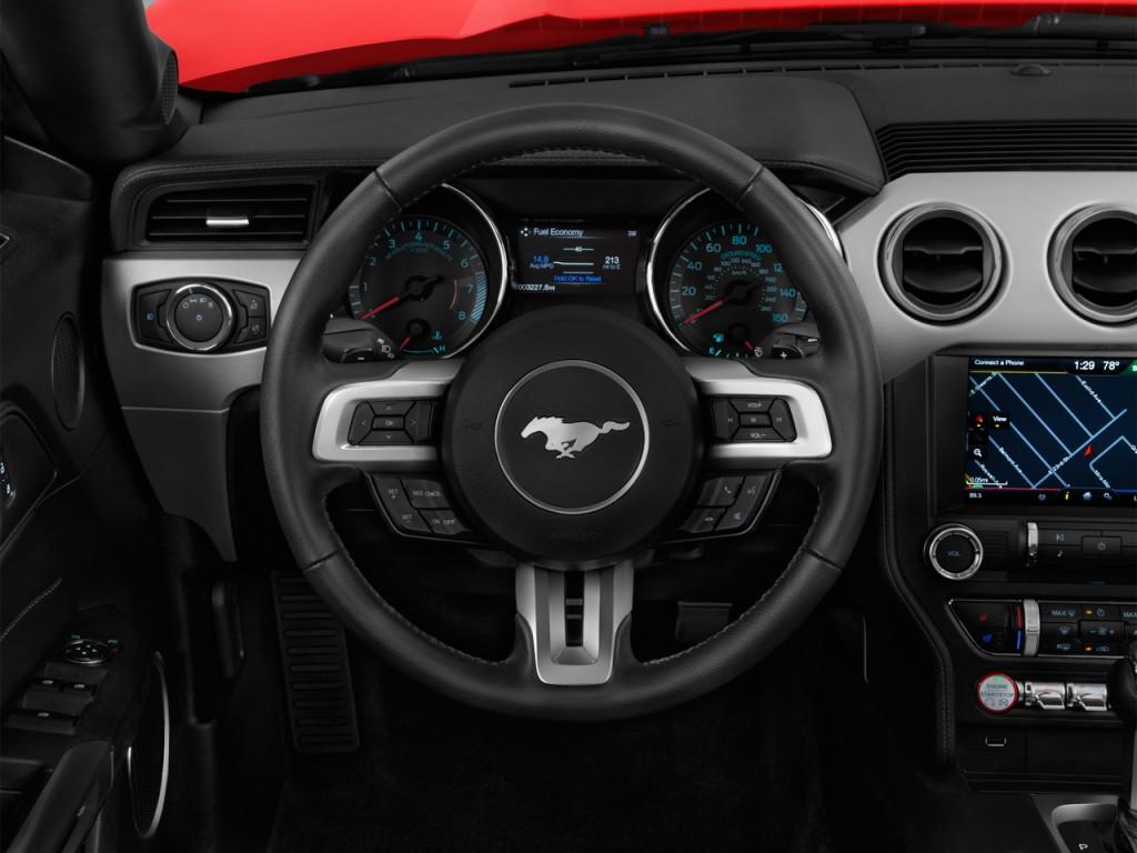image 2016 ford mustang 2 door convertible gt premium steering wheel size 1024 x 768 type. Black Bedroom Furniture Sets. Home Design Ideas