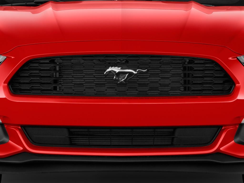 as well Jaguar Xj Door Sedan Xj Audio System L besides Px Lincoln Ls besides Citroen C I V Sensodrive Dr Pluriel Convertible P further Jeep Grand Cherokee Rwd Door Laredo Gear Shift L. on 2000 jaguar s type 4 door