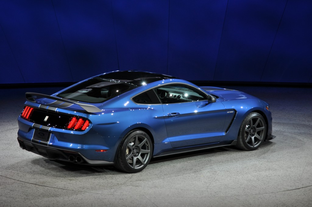 Image: 2016 Ford Mustang Shelby GT350R, 2015 Detroit Auto Show, size: 1024 x 680, type: gif ...