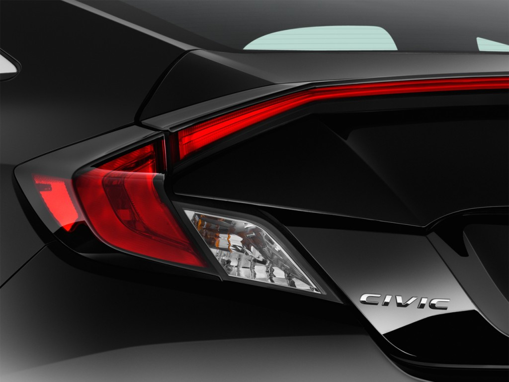 Image: 2016 Honda Civic 4-door Man LX Tail Light, size ...