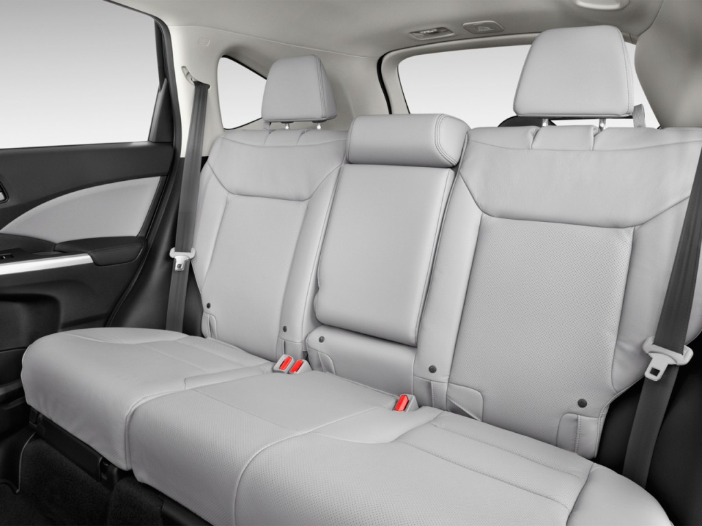 Image: 2016 Honda CR-V 2WD 5dr Touring Rear Seats, size ...