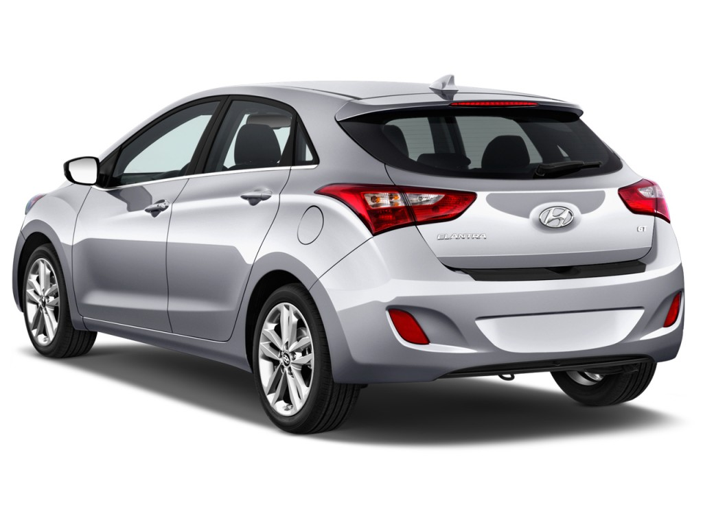 Image 2016 Hyundai Elantra Gt 5dr Hb Man Angular Rear