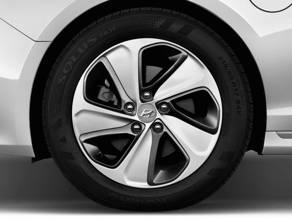 Image 2016 Hyundai Sonata Plug In Hybrid 4 Door Sedan
