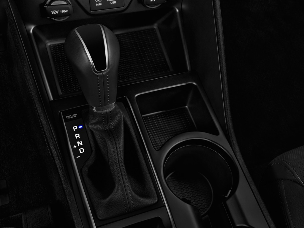 Image 2016 Hyundai Tucson Fwd 4 Door Limited Gear Shift