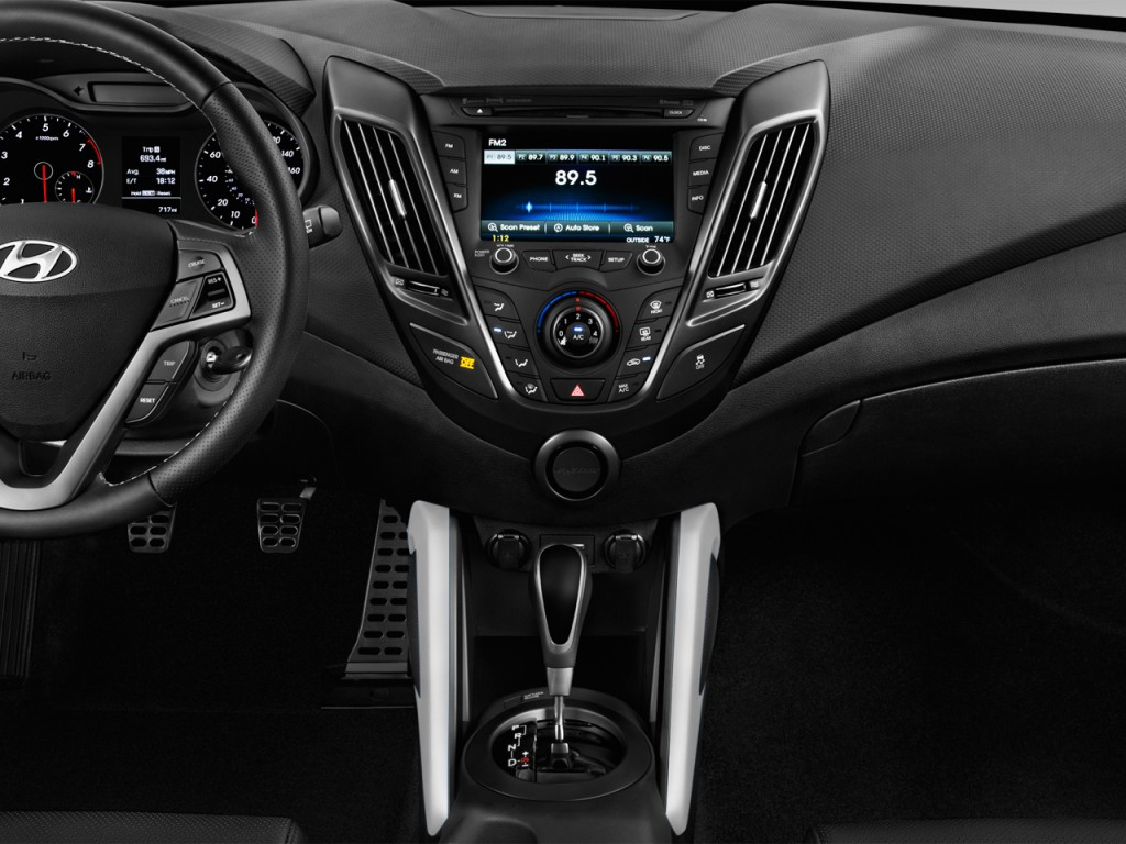 image 2016 hyundai veloster 3dr coupe man turbo instrument panel size 1024 x 768 type gif. Black Bedroom Furniture Sets. Home Design Ideas