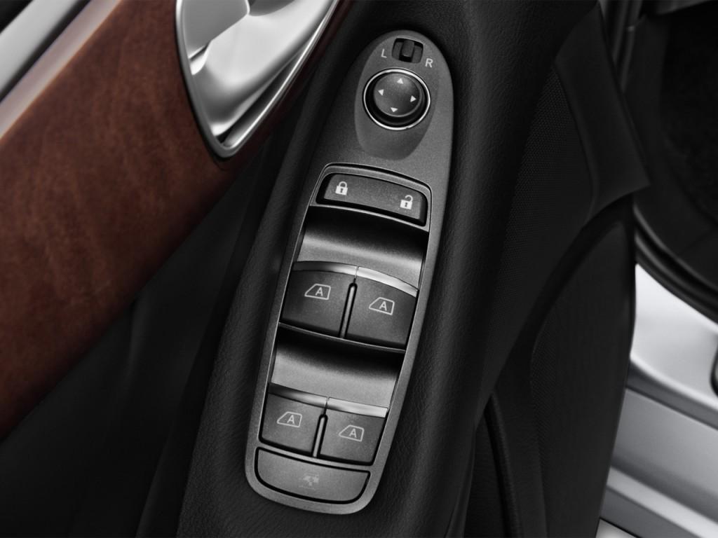 Image: 2016 Infiniti Q50 4-door Sedan Hybrid RWD Door ...