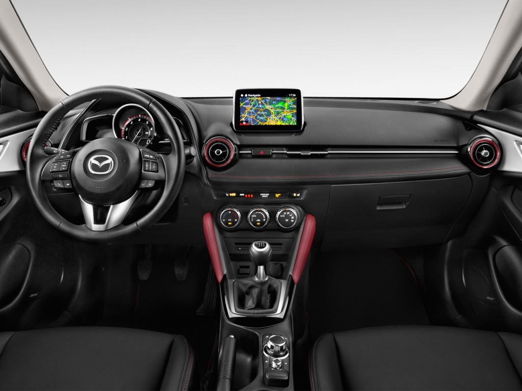 Image: 2016 Mazda CX-3 FWD 4-door Grand Touring Dashboard ...