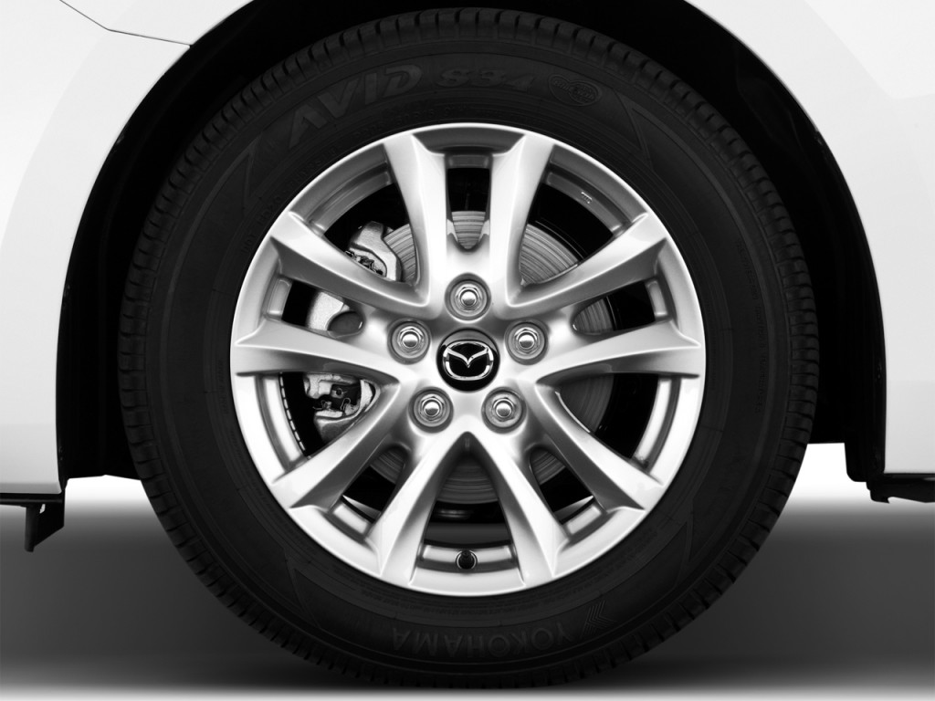 Image: 2016 Mazda MAZDA3 4-door Sedan Auto i Touring Wheel ...