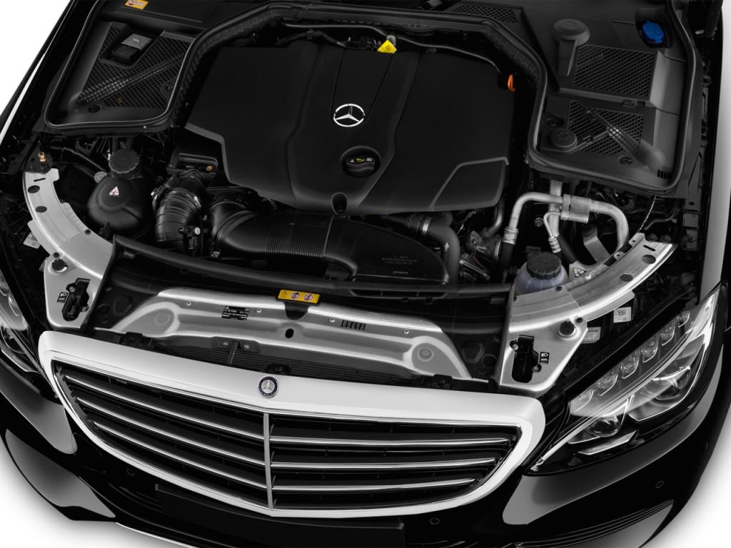 Image 2016 mercedes benz c class 4 door sedan c300 luxury for Mercedes benz c300 engine