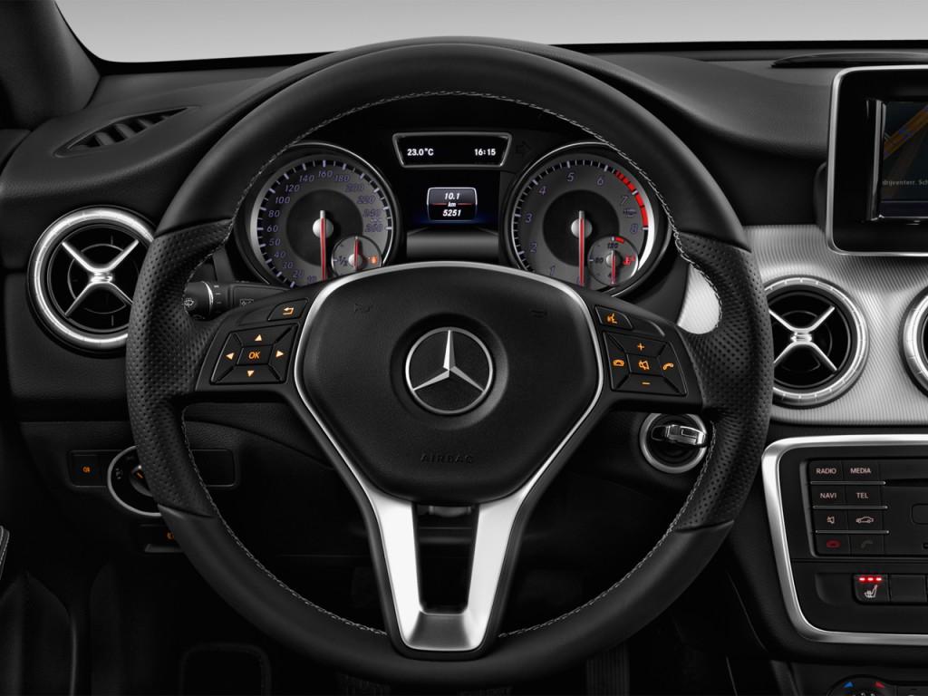 Image: 2016 Mercedes-Benz CLA Class 4-door Sedan CLA250 ...