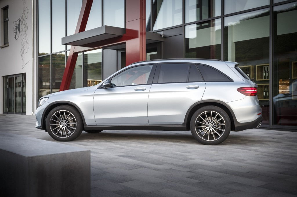 2016 Mercedes Benz Glc Cl Review Ratings Specs Prices And Photos The Car Connection
