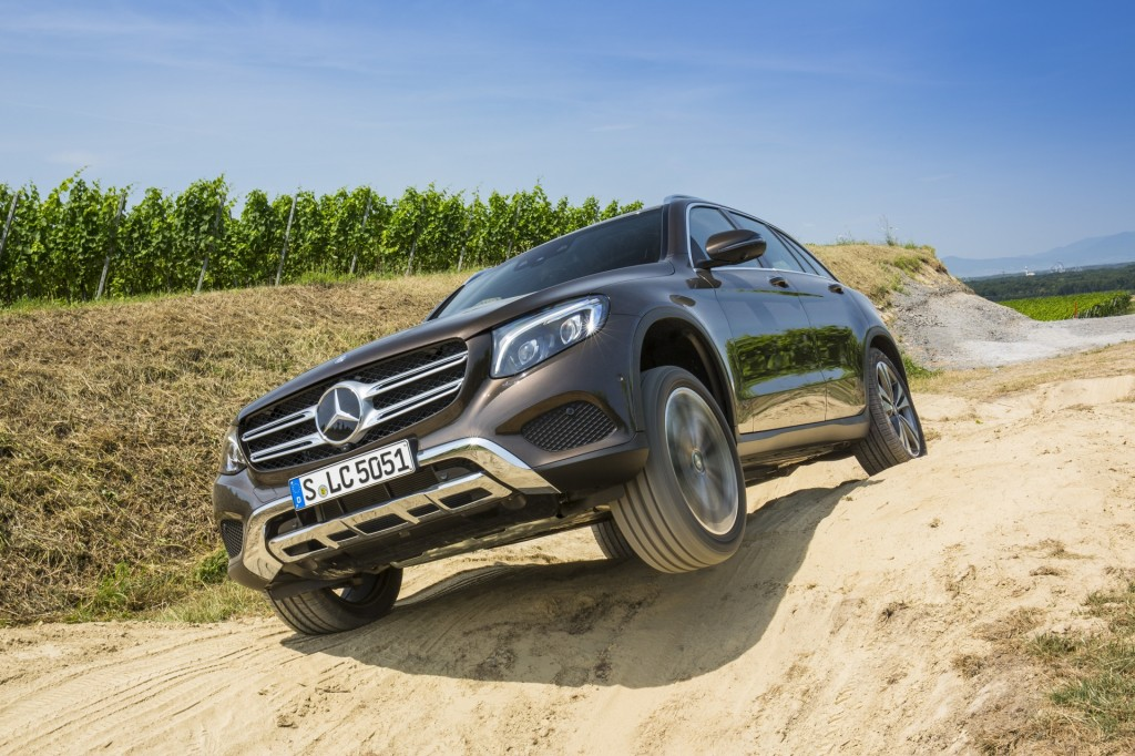 2016 Mercedes-Benz GLC: U.S. Won't Get Off-Road Package