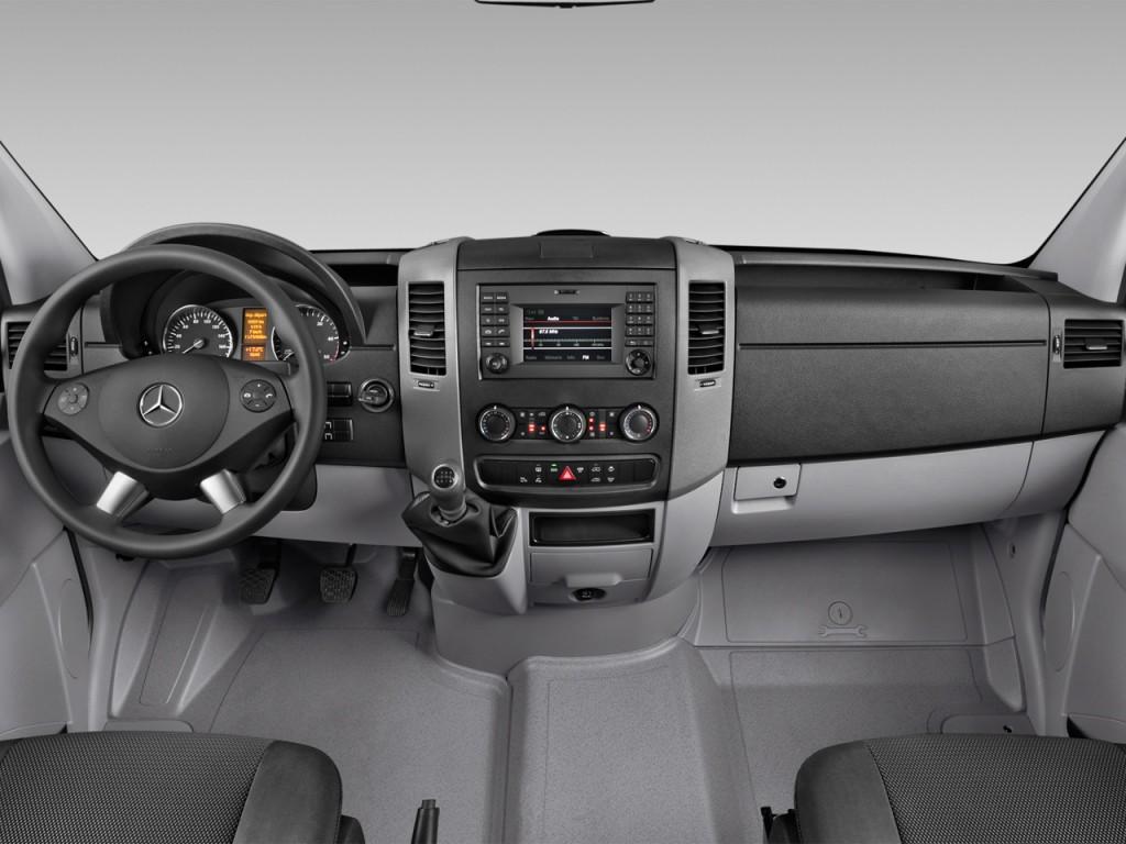 Image 2016 Mercedes Benz Sprinter Passenger Vans Rwd 2500