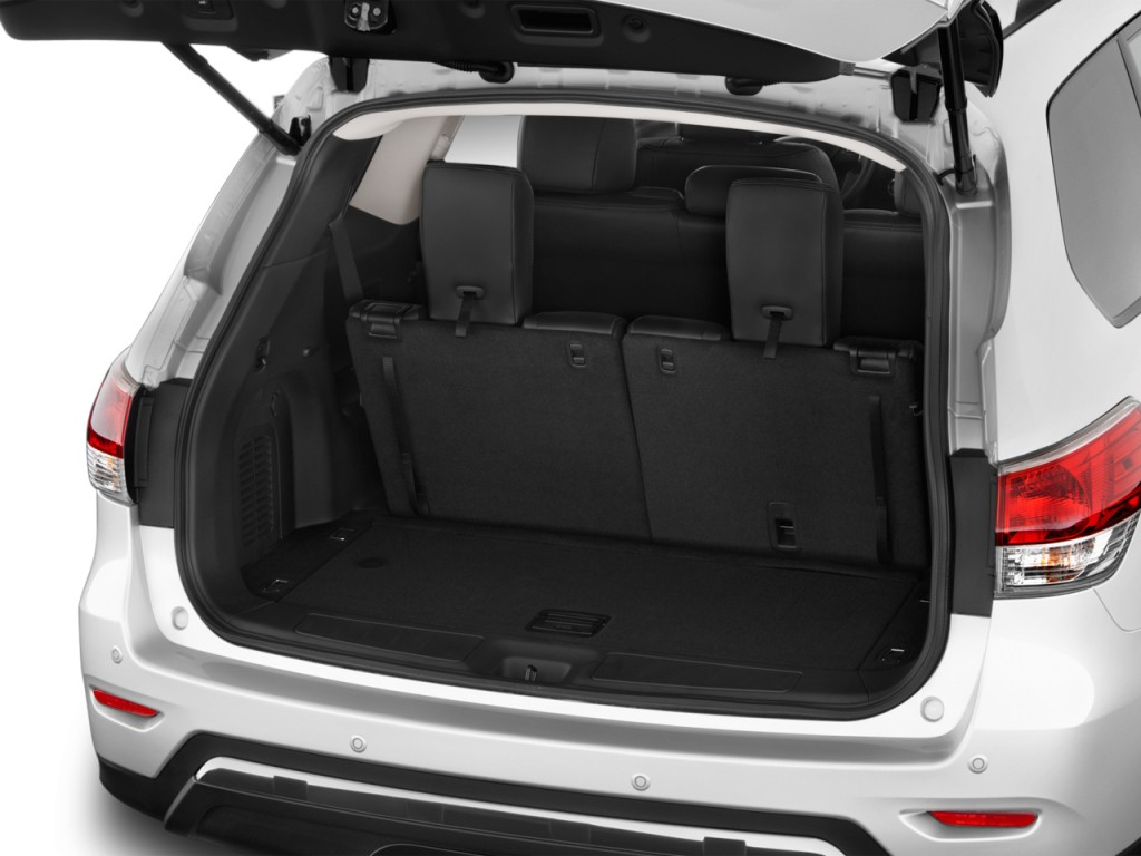image 2016 nissan pathfinder 2wd 4 door sl trunk size. Black Bedroom Furniture Sets. Home Design Ideas