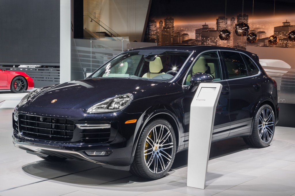2016 Porsche Cayenne Turbo S 570 Hp And Sub 8 Minute Ring Time