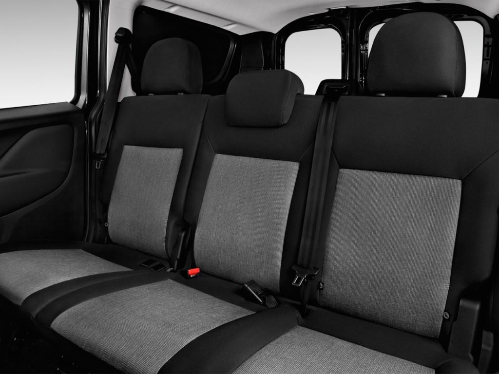 Image 2016 Ram Promaster City Wagon 4 Door Wagon Slt Rear