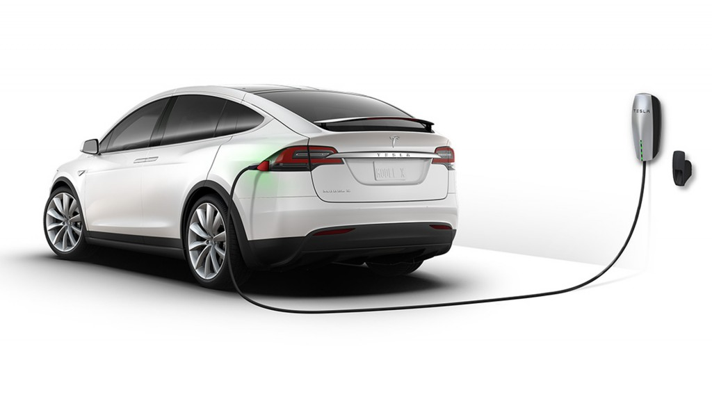 """Tesla says unintended acceleration claims are """"completely false"""""""