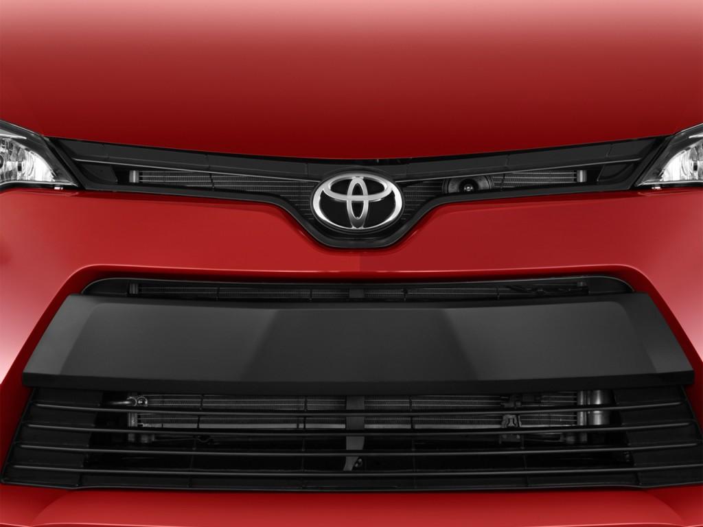 Image 2016 Toyota Corolla 4 Door Sedan Cvt Le Gs Grille