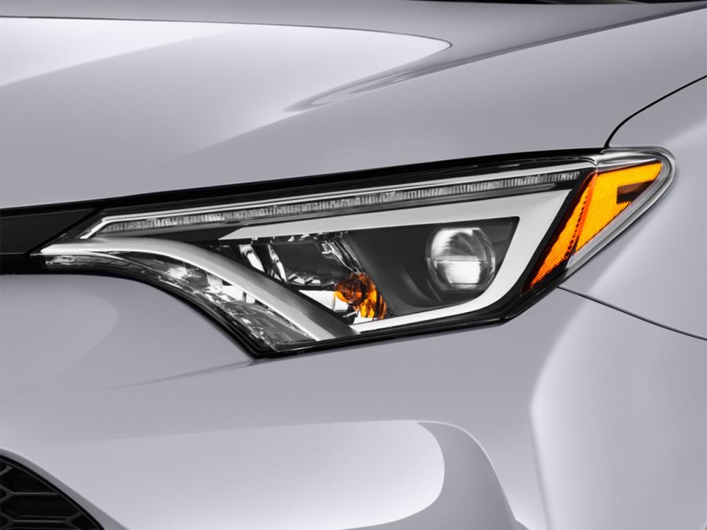 Image: 2016 Toyota RAV4 FWD 4-door SE (Natl) Headlight ...