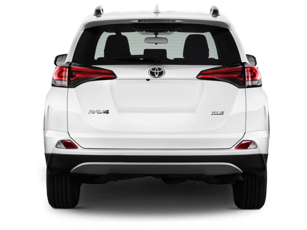 Image: 2016 Toyota RAV4 FWD 4-door XLE (Natl) Rear ...